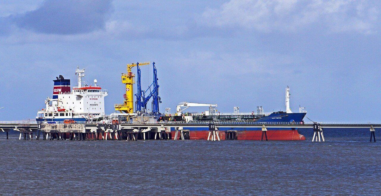 El petróleo está afectado por tensiones mundiales
