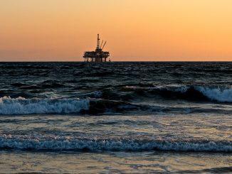 Mar y petróleo