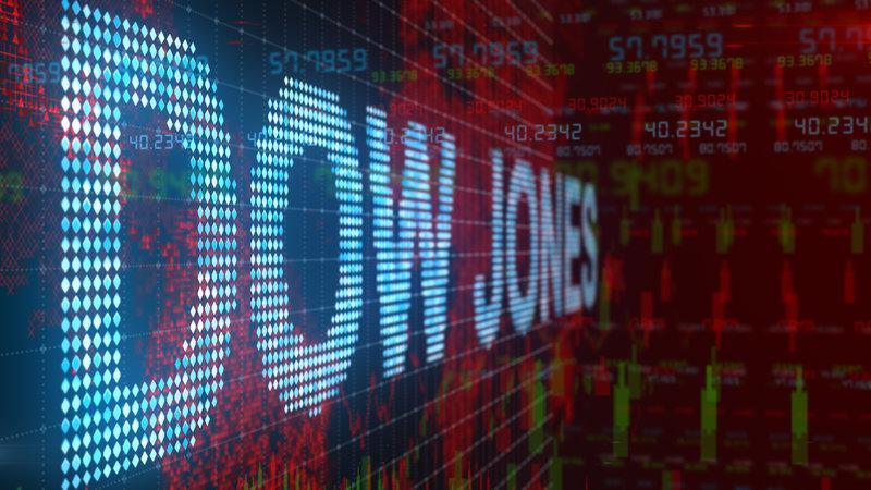 Dow cae 350 puntos a medida que se acelera la venta de tecnología
