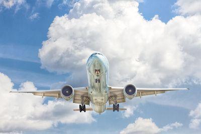 3 Stocks para tener en tu portafolio - Boeing