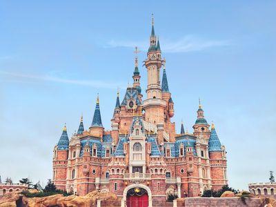 3 Stocks para tener en tu portafolio - Disney